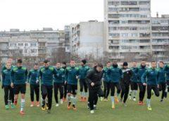 МОРЕТО вече е в Турция с група от 23-ма футболисти, КОНТРОЛИТЕ там са с ….
